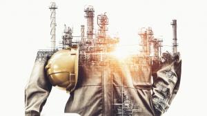 从上游到下游,网络可见性对保护石油和天然气资产至关重要